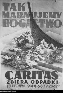 Czarno-białe zdjęcia pochodzą z Narodowego Archiwum Cyfrowego, kolorowe - archiwum Caritas Polska